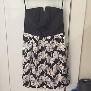 NWT Black & White Store strapless cocktail dress